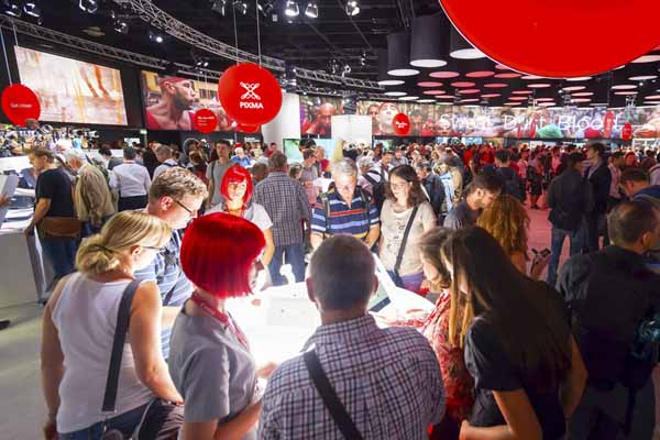 Exhibition Staff Glasgow from Varii Promotions the Glasgow Exhibition Staff Promotional Agency 2020